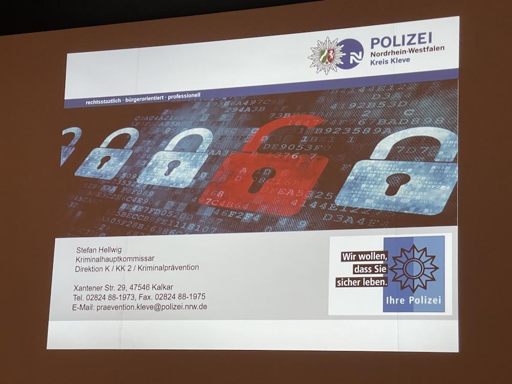 """""""Sehen Sie hin, was Ihr Kind im Internet macht – das Netz tut es ja auch!"""" – Ein Informationsabend mit Herrn Hauptkommissar Stefan Hellwig zum Thema """"Sicherheit im Internet"""""""